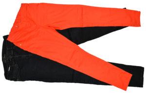 Pomarańczowe jeansy rurki